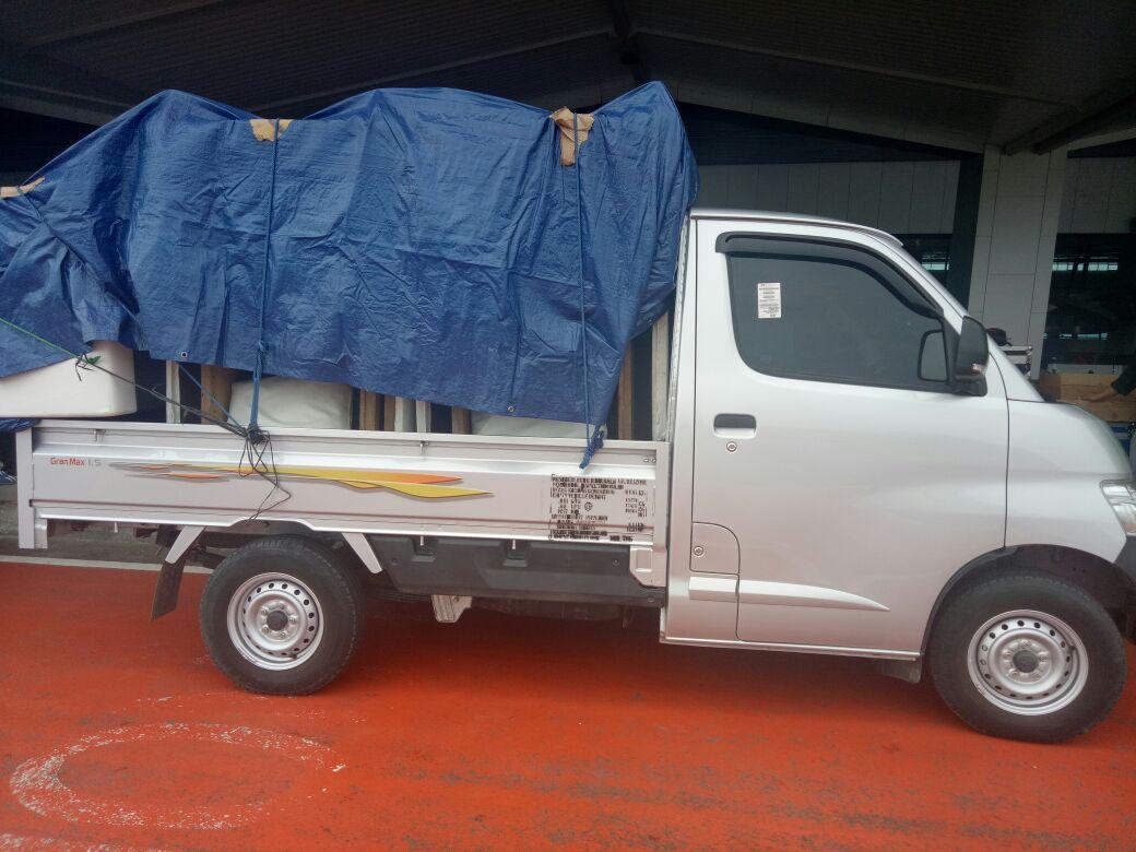 Rental mobil pick up area: Pamulang Bumi Serpong Damai (BSD) Serpong Aeon dalam kota dan luar kota